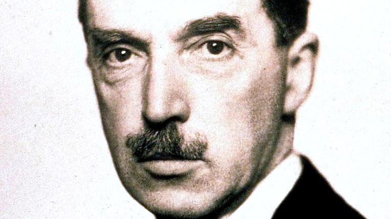 Sir Robert S Lorimer (2)