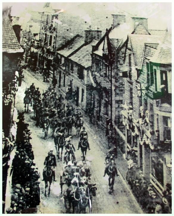 Edward VII arrives in Dunblane