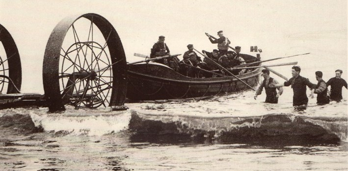 Footdee pilots on a rescue