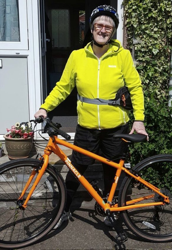 on-bike-in-yellow-29may16