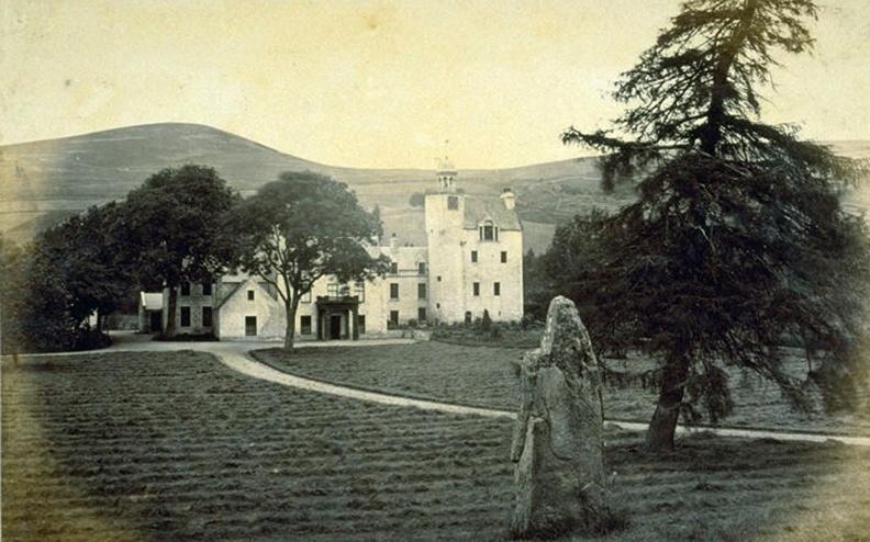 abergeldie-castle-pre-1873