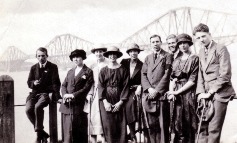 henry-gordon-and-friends-at-the-forth