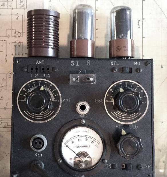 wwii-radio-portable