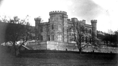 Kilmoran castle2