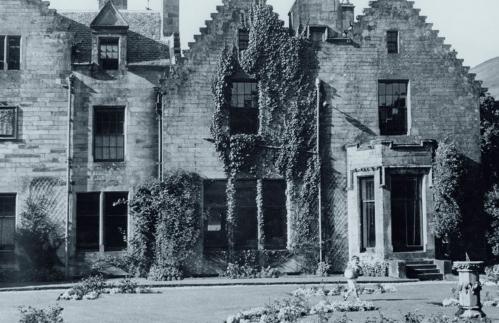Stronvar House (5)
