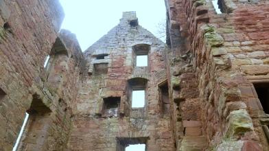 Gilbertfield castle (12)