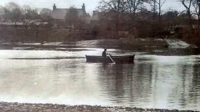 boathouse, blantyre (river clyde) (4)